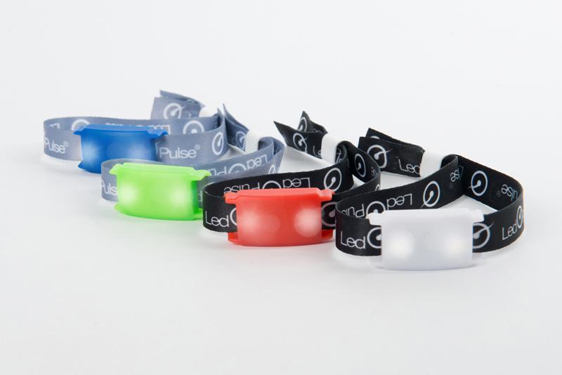 Bracelets LedPulse pour festival bleu, vert, rouge ou blanc