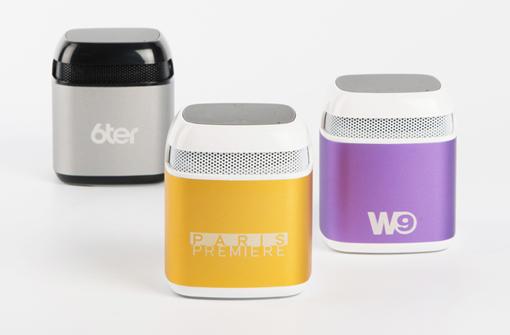 Enceintes Bluetooth haut de gamme personnalisées avec logos