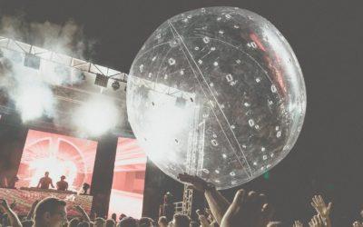 Au cœur d'une fête avec les ballons lumineux LedPulse