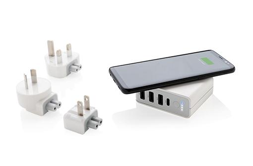 Adaptateur universel hub qui recharge un smartphone par induction